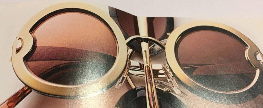 Sonnenbrille in Gold
